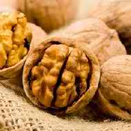 Walnuts, omega 3 oil, healthy nutritious snack,