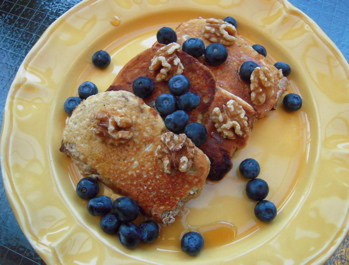 protein, nutrition, french toast, whey, blueberries. healthy eating